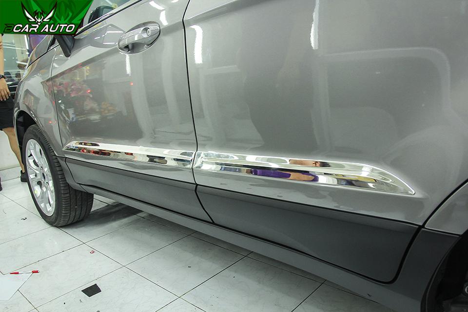Ốp hông xe Ford EcoSport