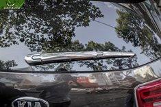 Ốp gạt mưa sau xe Kia Sedona