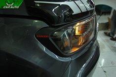 Viền đèn xe Ford Ranger